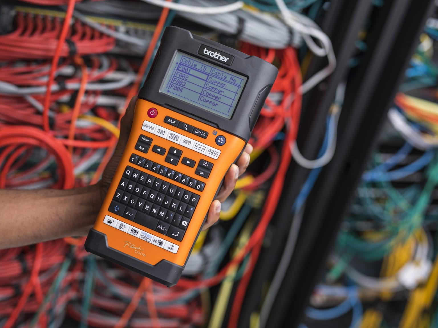 PT-E550W_product